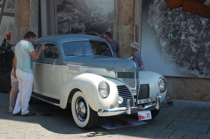 mașini de epocă