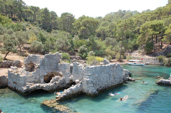 ruine snorkeling