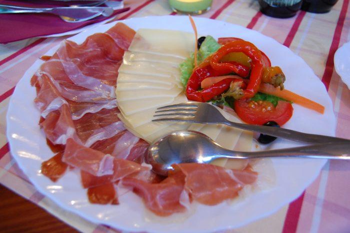 șuncă și brânză croația