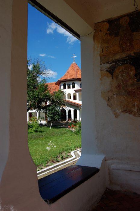 mănăstire ortodoxă săraca